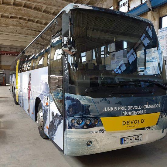 Reklama ant autobuso | Devold | spalvotareklama.lt